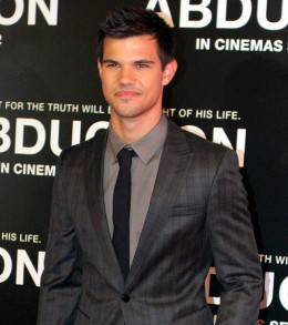 Movie Review: Abduction with Taylor Lautner