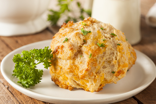 Lazy Woman's Guide to Making Cheddar Bay Biscuits