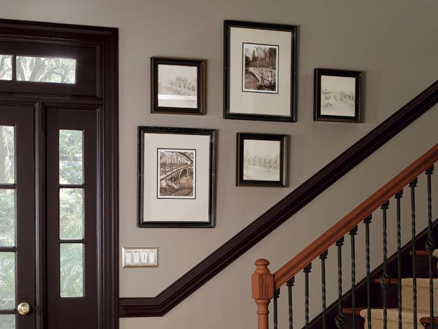 staircase wall gallery