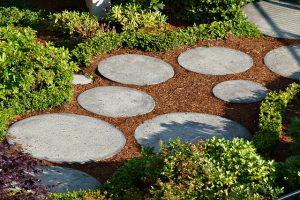 Make a Romantic Garden Path