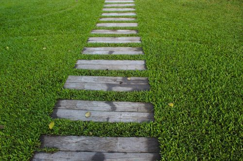 There Are Several Ways To Recreate This Wood Stepping Stone Path. You Can  Cut Treated Lumber Into The Appropriate Sizes. However, If Youu0027re Concerned  About ...