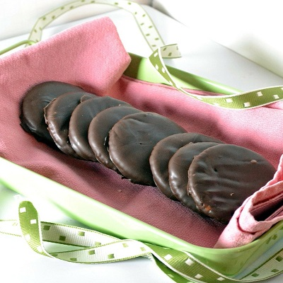Girl Scout Cookies – Thin Mints Recipe