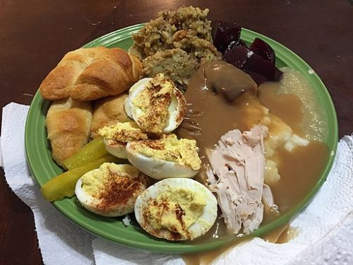 Spectacular Easy Turkey Gravy from Drippings