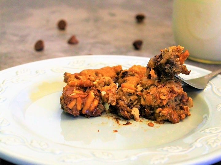 Easy Chocolate Chip Turtle Cookie Bars: Soft and Chewy Cookie Recipe