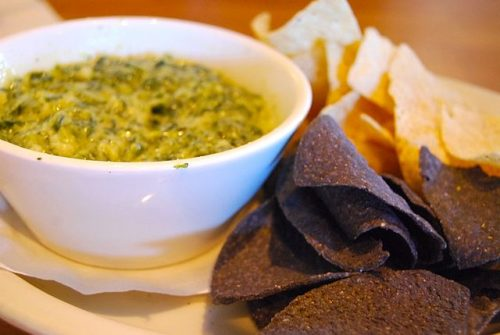 Easy dip with spinach and tortilla chips.